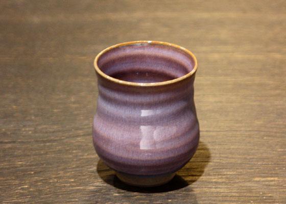 会津慶山焼の色合いがきれいな湯呑です。 ※定価1512円(税込)