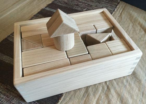 木工房MEGURO制作のつみきです。 ※定価16200円(税込)