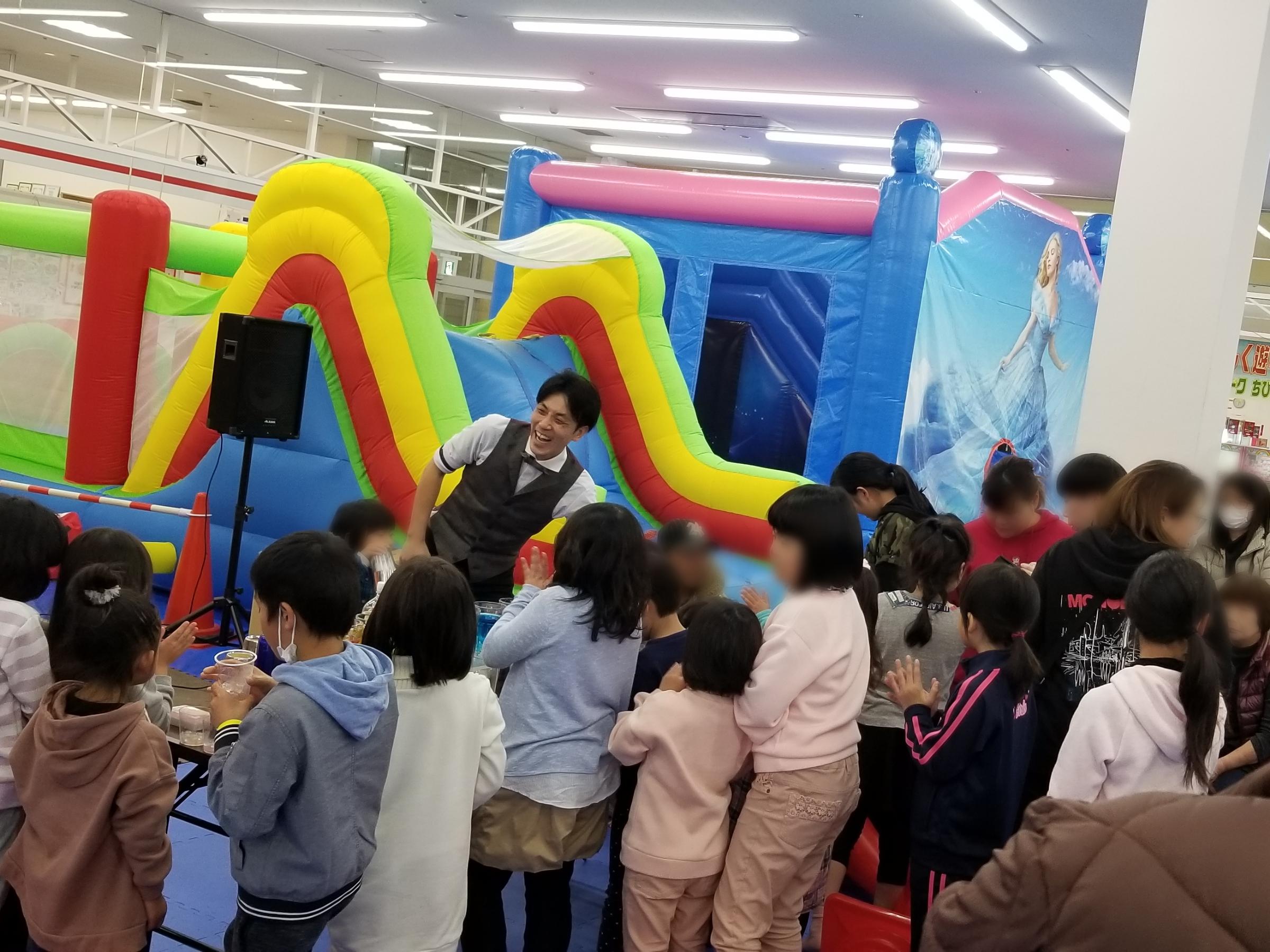 JUNさんと子供たちの楽しいイベントになりました。