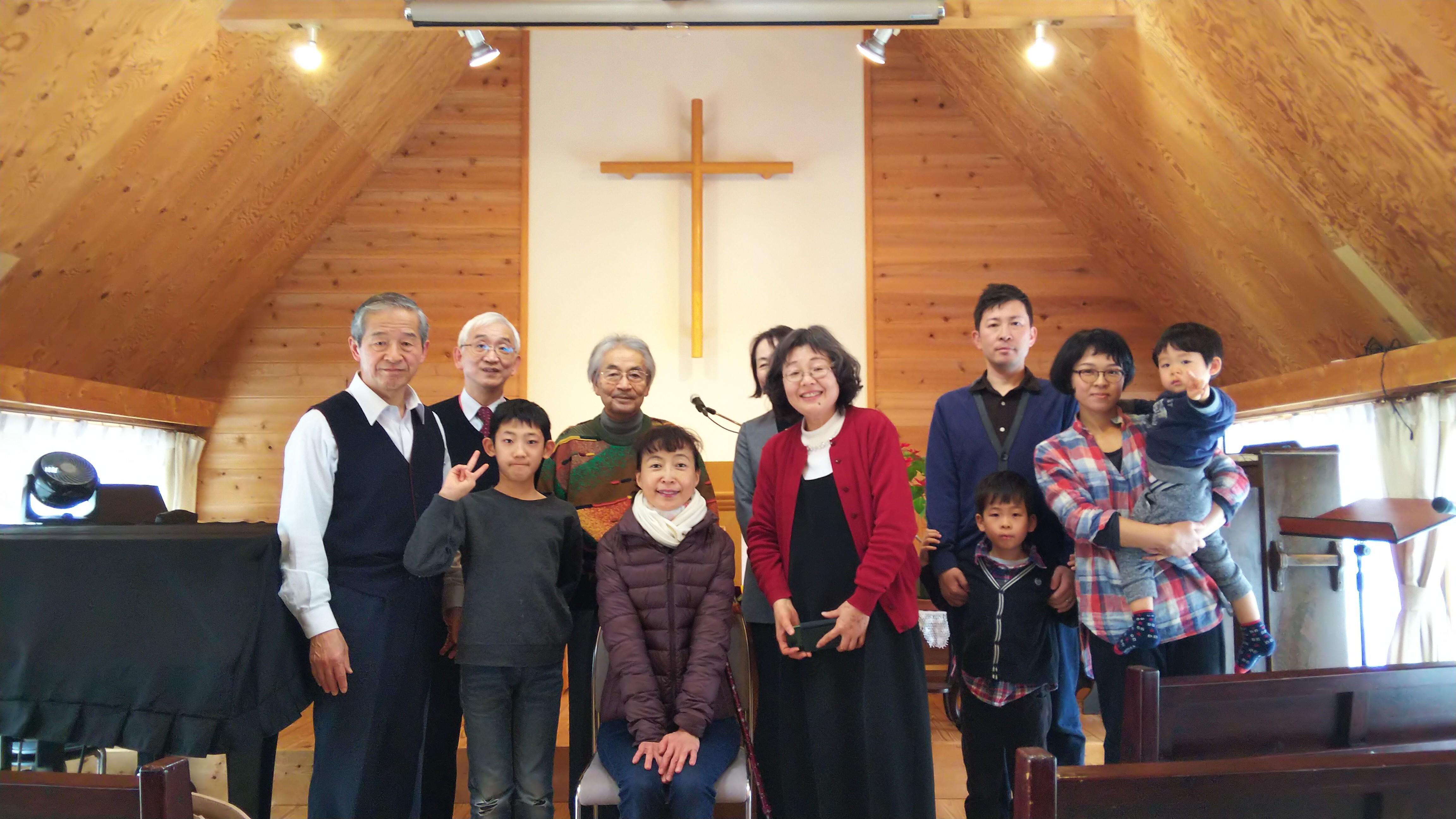 函館中央教会にて、「起き上がり小法師」朗読させて頂き、クラウドファンディングの告知をさせて頂きました。