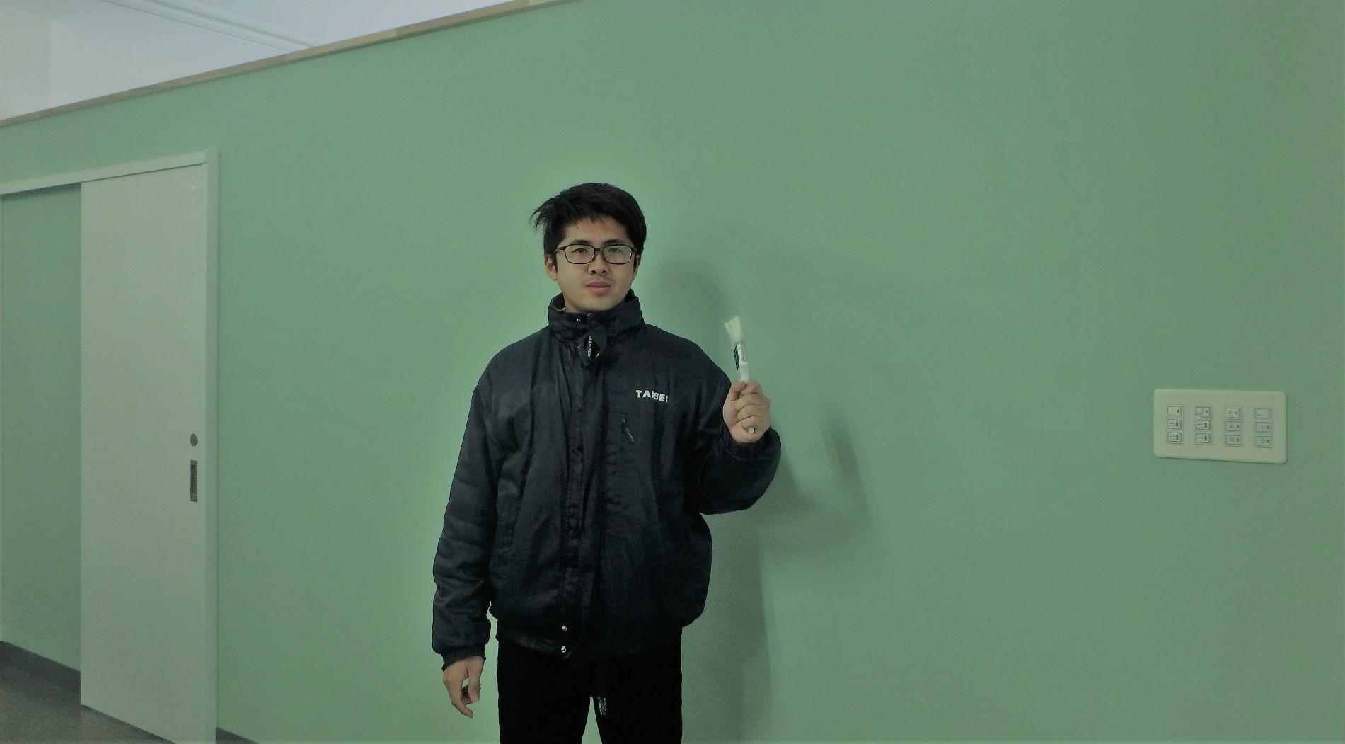 壁の色を変えました(^0^)